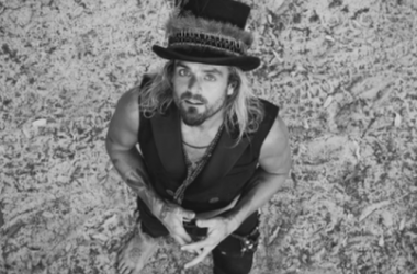 Dove Presents Xavier Rudd