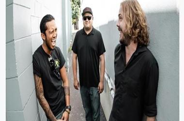 Jason Arcilla and the Rhythm Sons at da Playground Maui