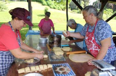 Baker Laurie Westrich and volunteers prepare a special bake.