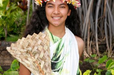 Traditional Peahi (fan)