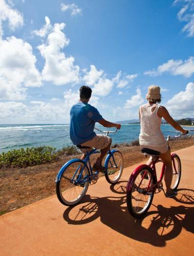 Bicycle riding in Kapaa Town