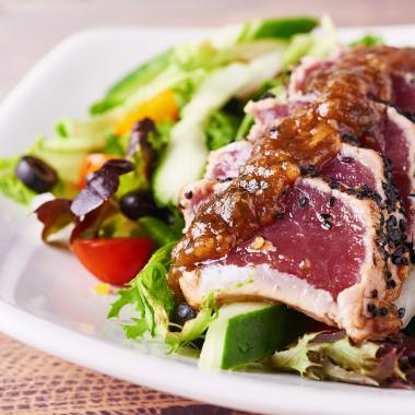 Ahi Tataki Salad