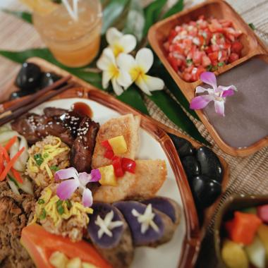 Local Style Food at the Luau